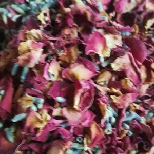 rosa biodegradable petal confetti